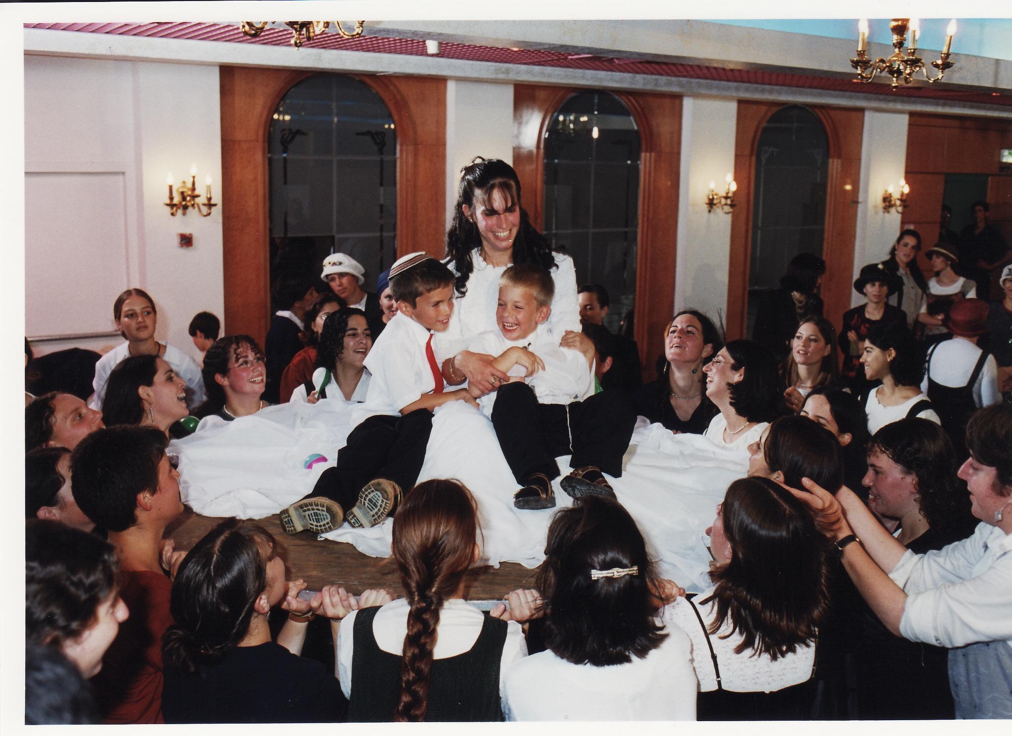 תמוז תשנט ישי וחגי בחתונה של יעל