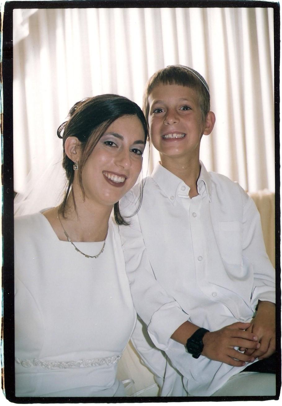 חשון תשסג ישי בן 8 בחתונה של אילת