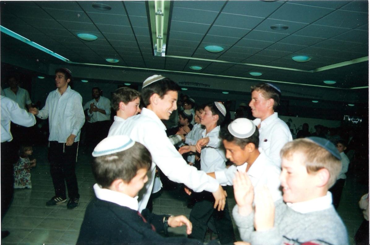 חורף תשנו בבר מצווה הכיתתית עם החברים