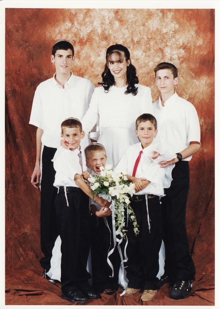 תמוז תשנט הבנים בחתונה של יעל